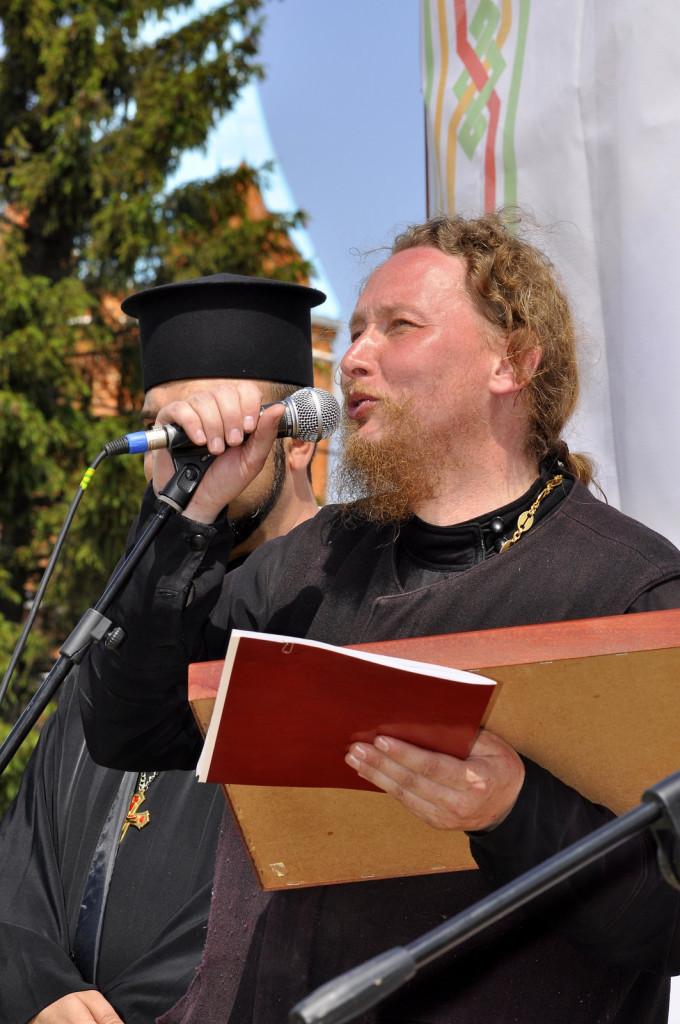 Протоиерей Михаил Юрьевич Сокрутов на Православном фестивале в Рожново