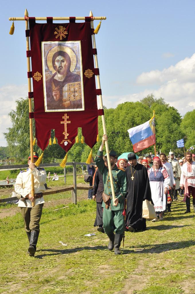 Крестный ход на Православном фестивале в Рожново