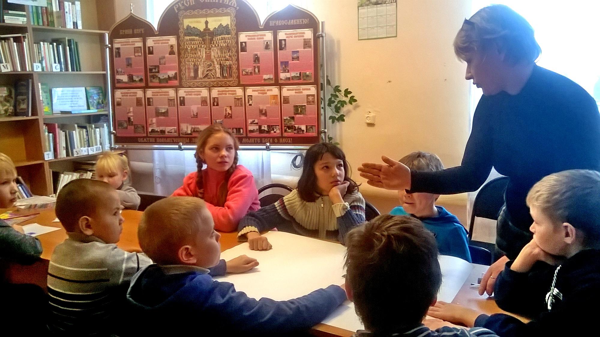 Передвижной фотостенд о новомучениках Коломенских в селе Октябрьское