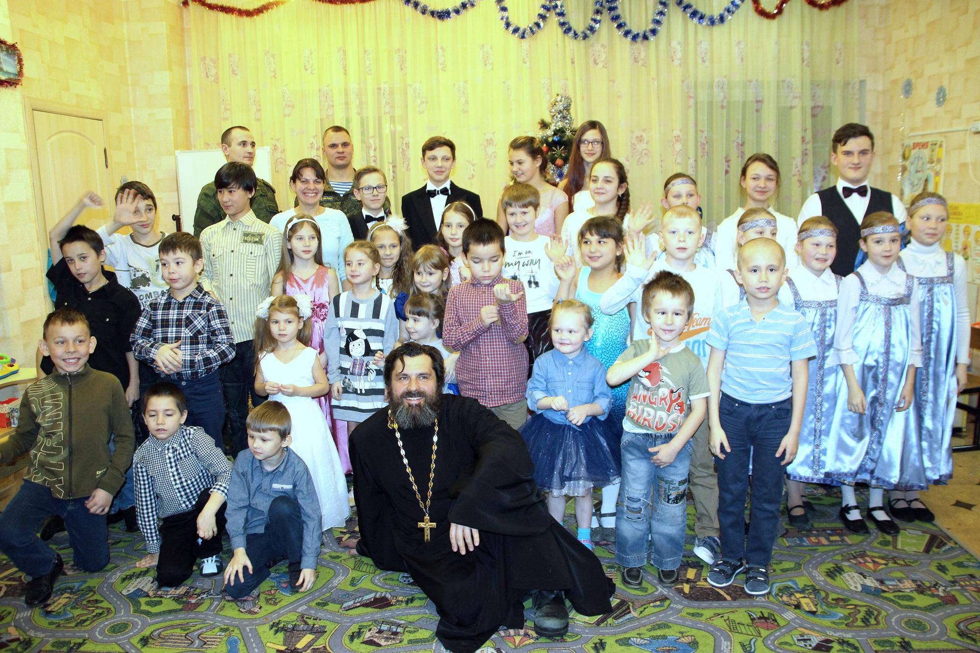 Рождественские посещения детских социальных учреждений Коломенского района
