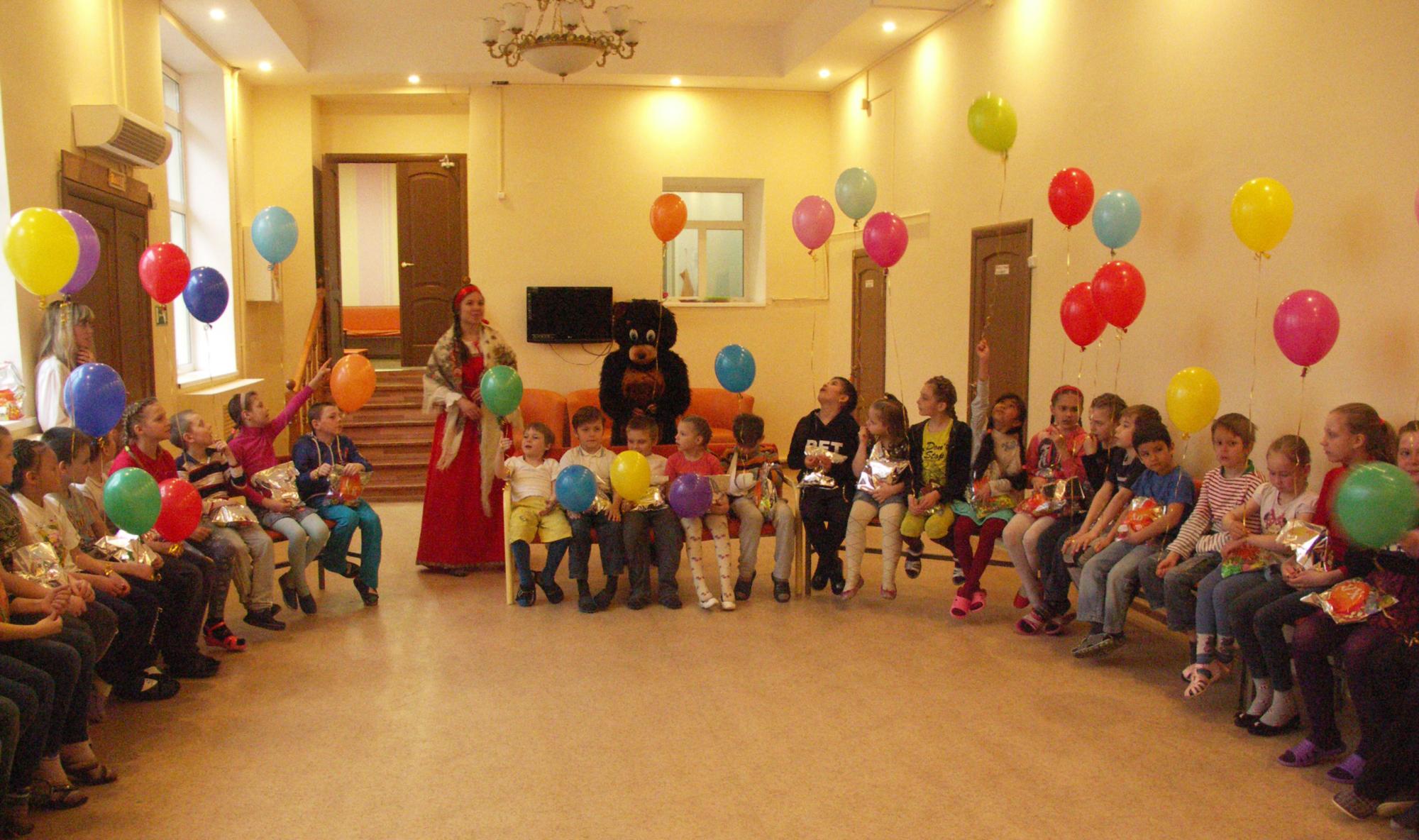 Пасхальный детский праздник на приходе Богоявленского храма города Коломны