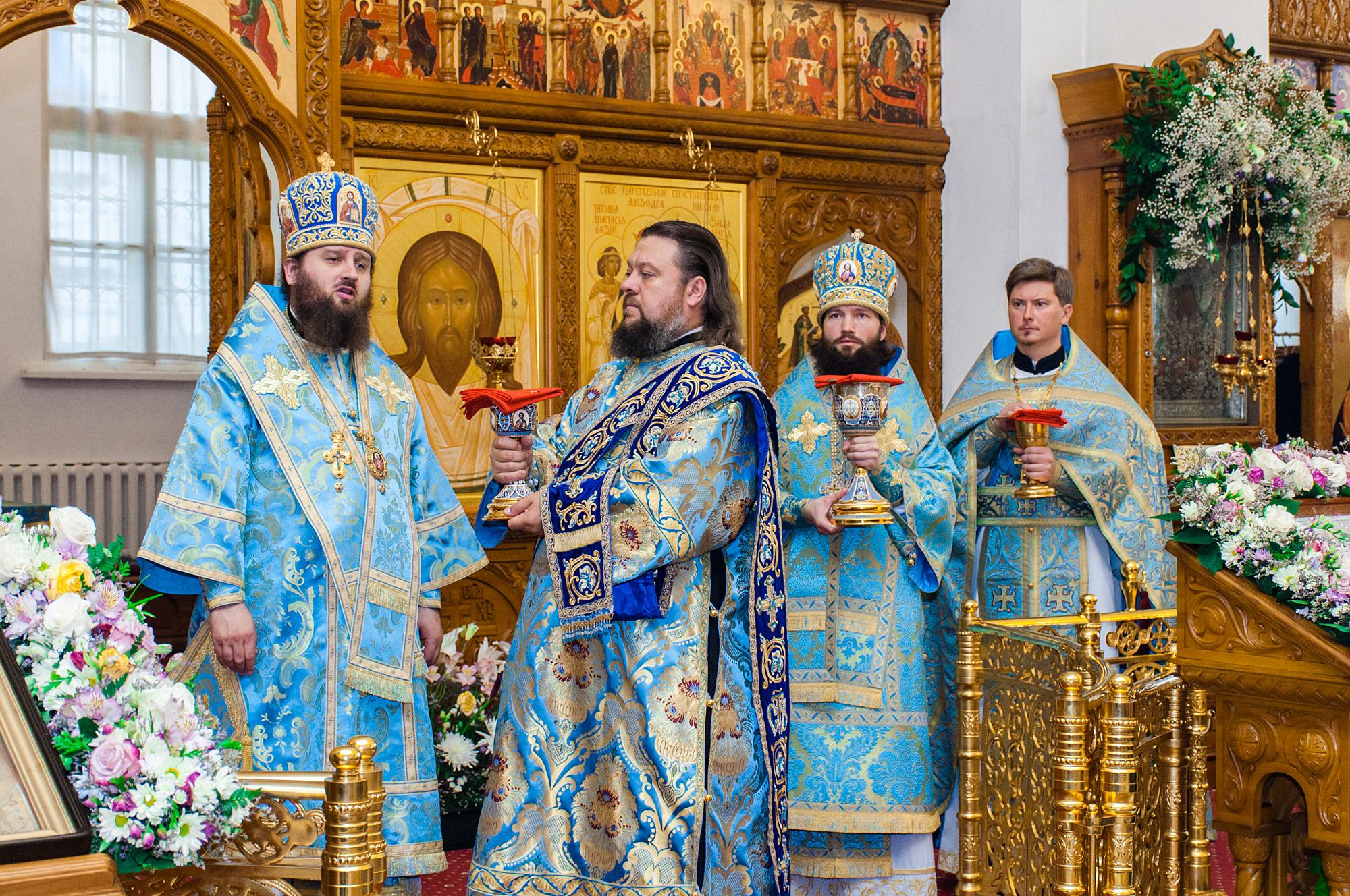 Престольный праздник в Бобреневом монастыре