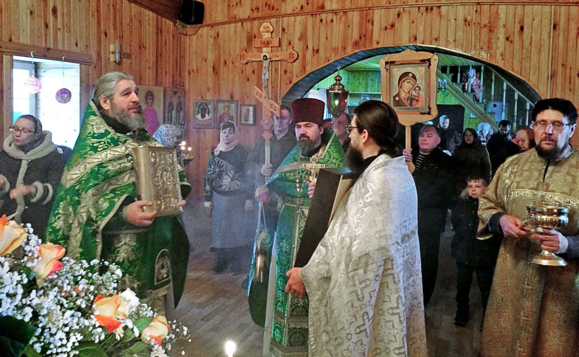 Престольный праздник в Серафимовском храме села Акатьево