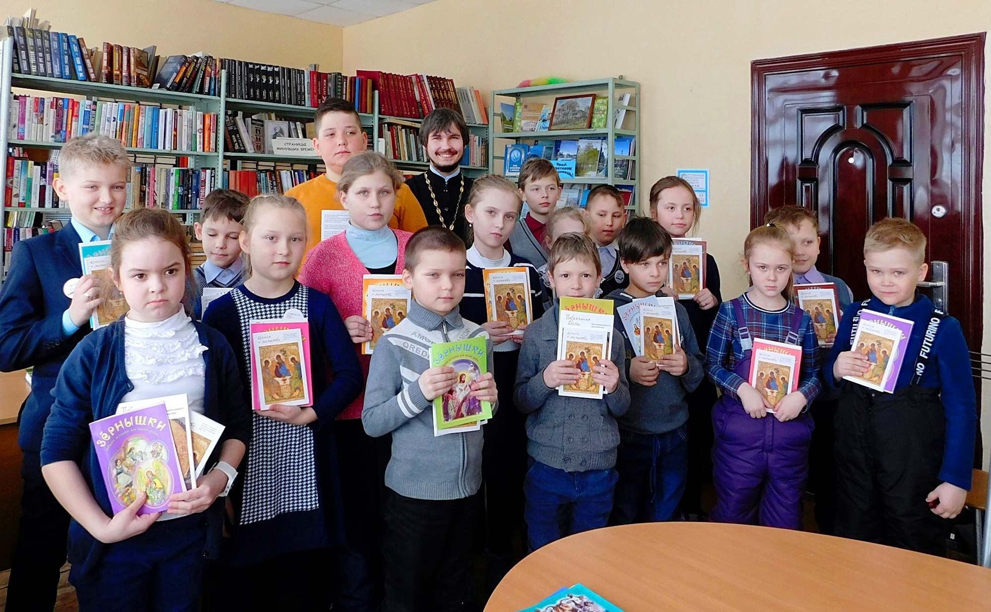 День православной книги на приходе Покровского храма села Лысцево