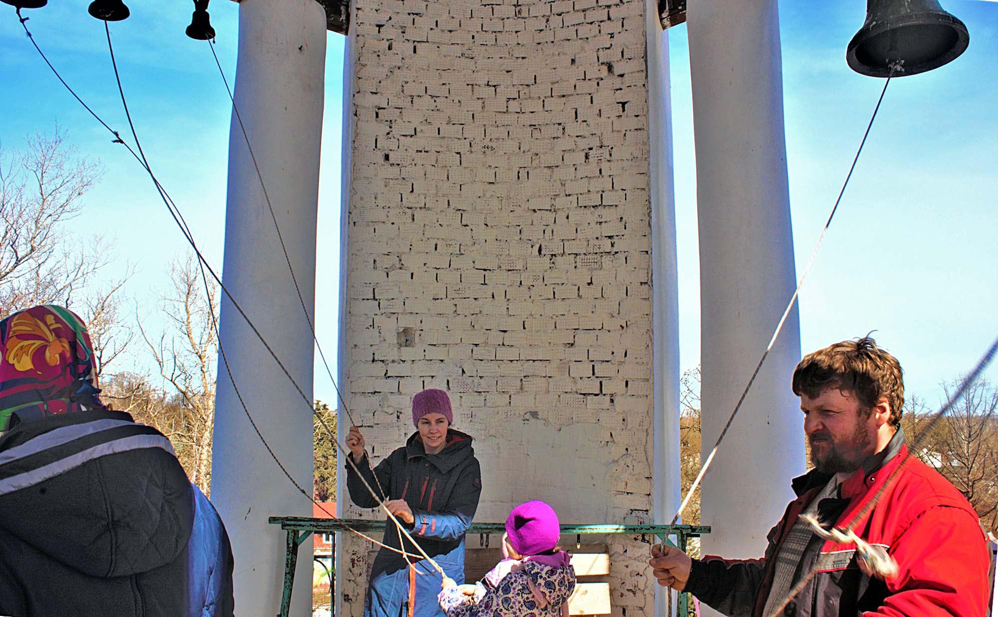Пасха на приходе Знаменского храма села Непецино
