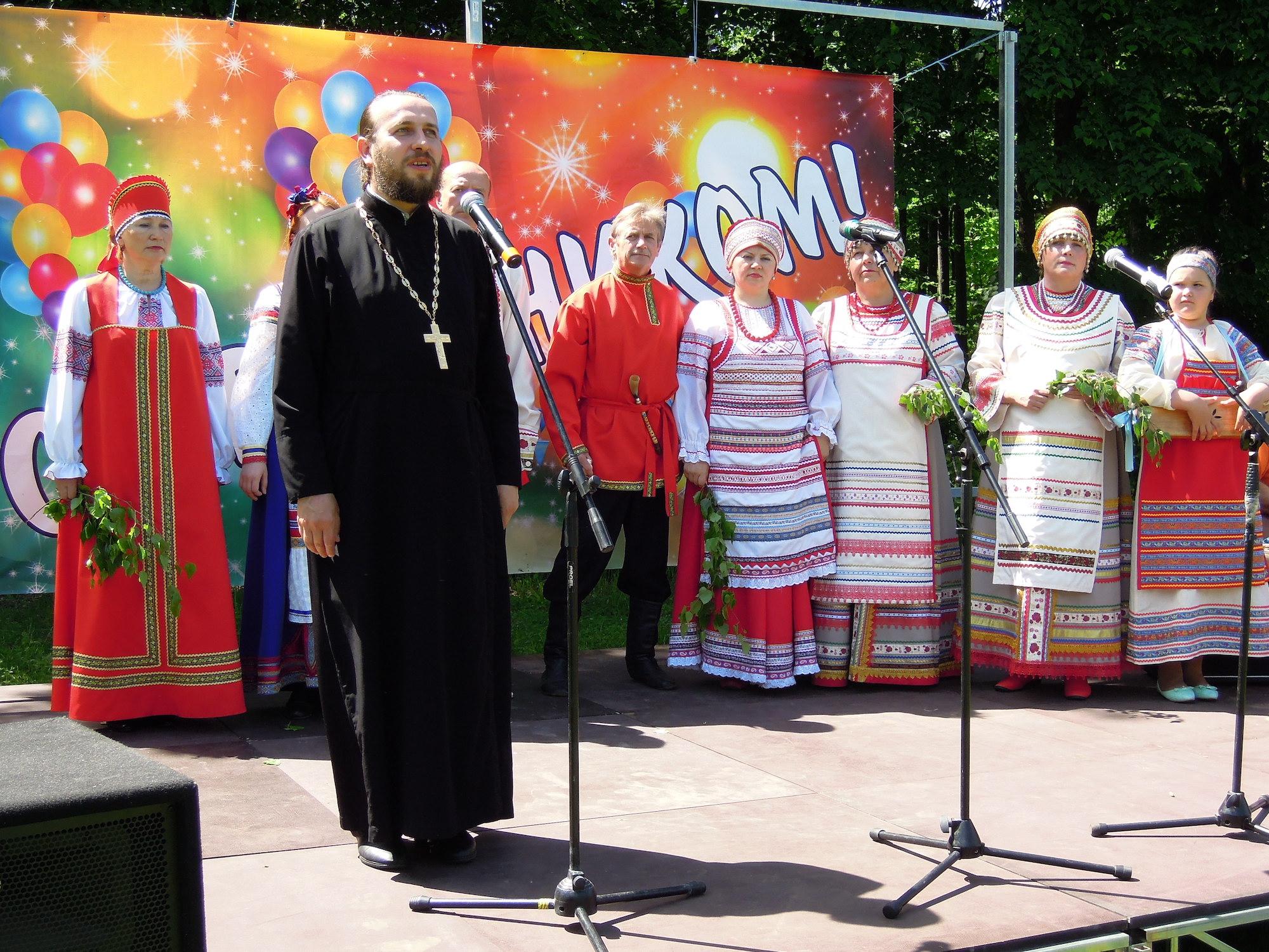Престольный праздник в селе Троицкие Озерки